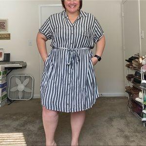 Ava & Viv 3X striped dress with pockets !!